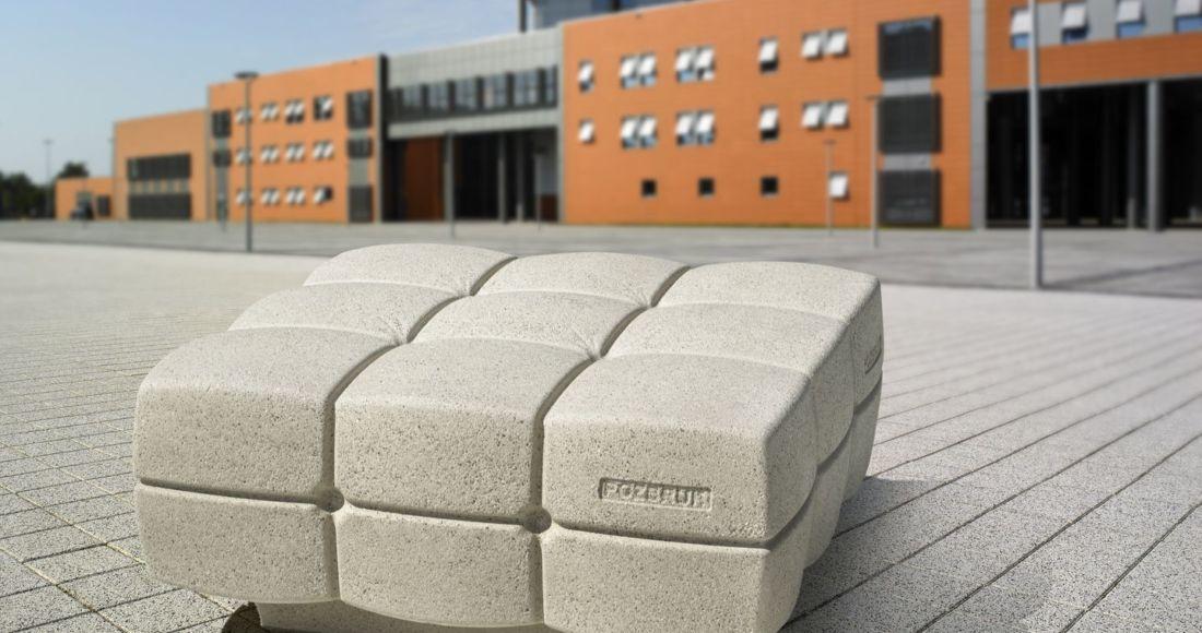 betonowa ławka puffa