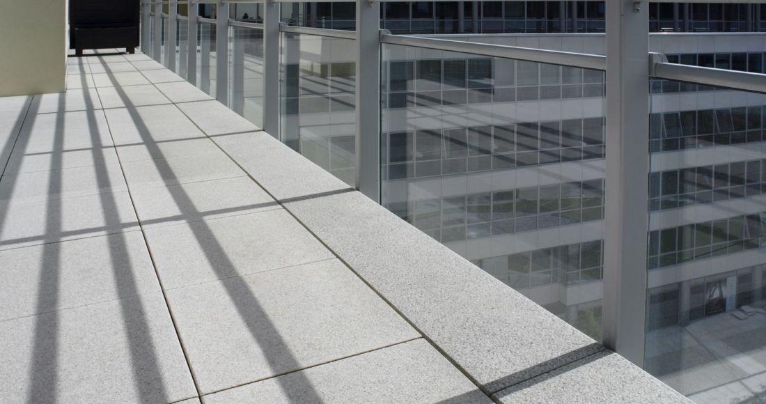Płyty Presstone powierzchnia gładka 40x40 balkon